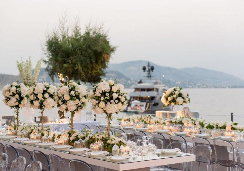 Island art and taste wedding table decorations