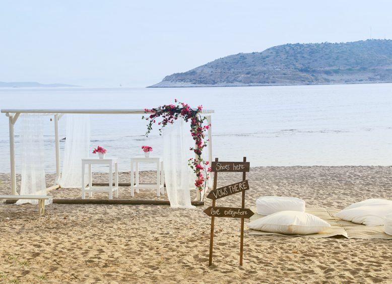 wedding venues in Athens beach ceremony