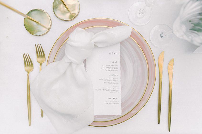 Art De la Table setups by Greek wedding planners