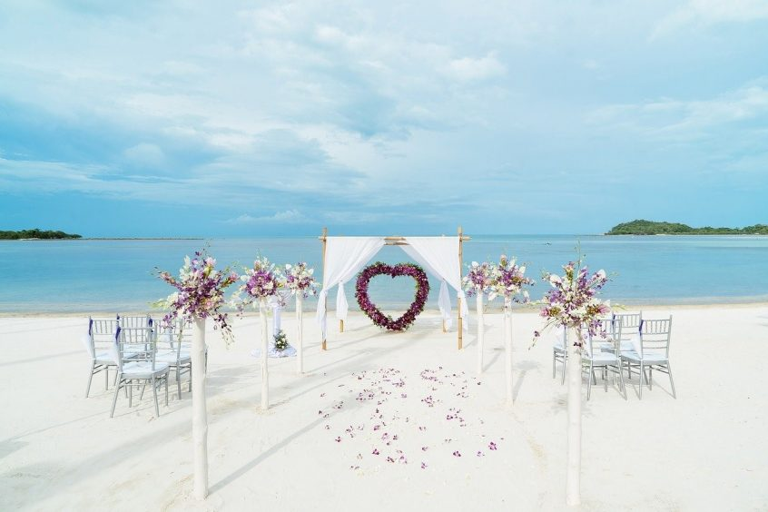 beach wedding venue in greece
