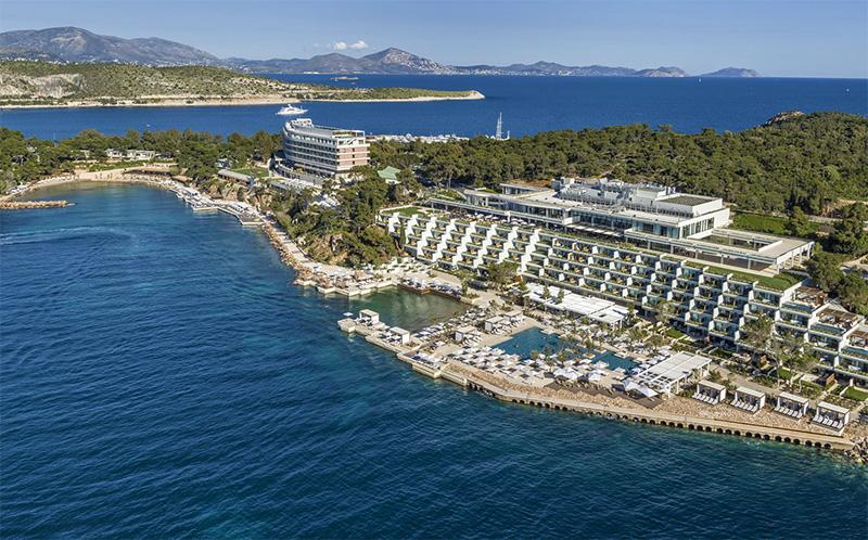 Four seasons hotel in Athenian riviera